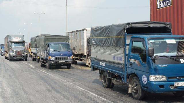 Chi 840 tỷ đồng để sửa chữa 30km quốc lộ 5 - 1