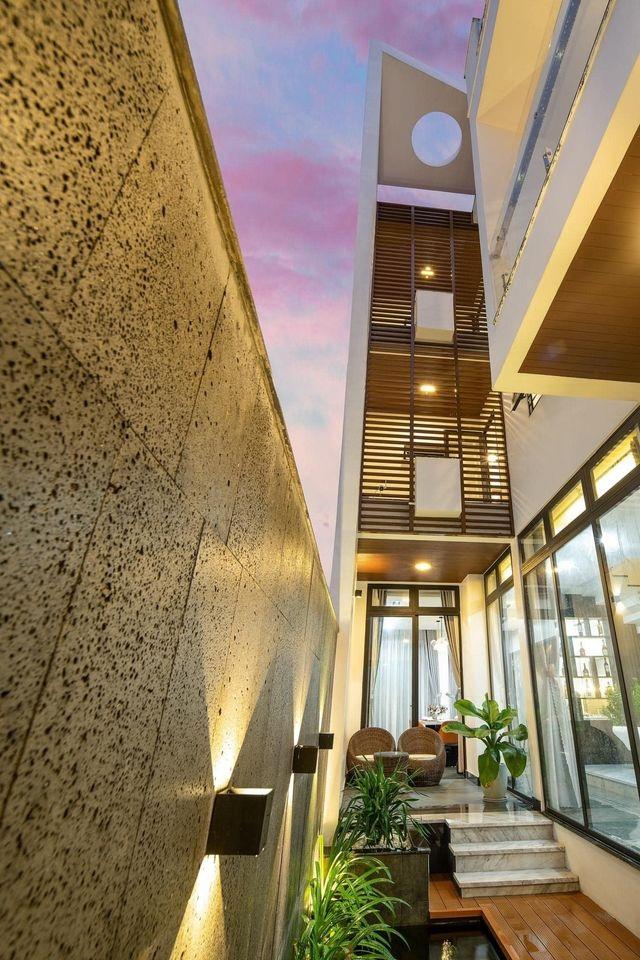 Mua mảnh đất 180m2, vợ chồng Việt làm nhà đẹp như resort ai cũng khen - 4