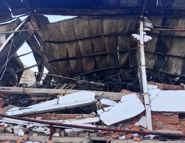 Điều tra, làm rõ vụ nhà xưởng 6.000m2 chứa đồ gỗ xuất khẩu bị cháy rụi - 3