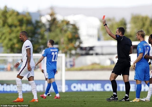 Tuyển Anh thắng Iceland nhờ quả phạt đền ở phút bù giờ - 1
