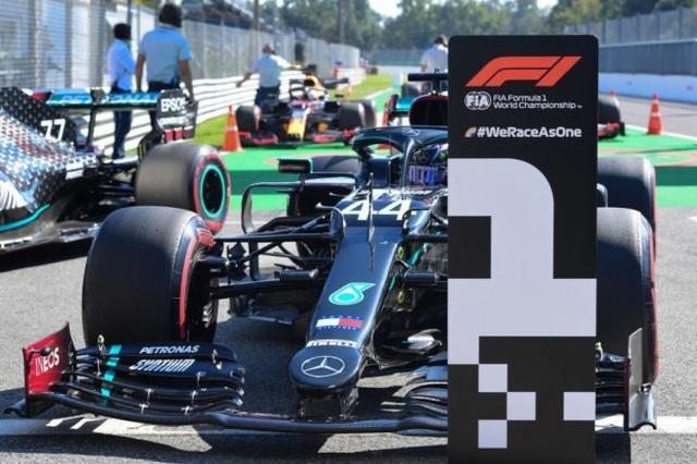 Biến căng ở Monza, F1 đã có một chặng đua đi vào lịch sử - 2