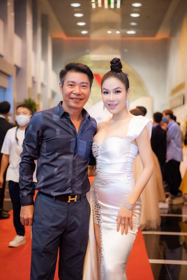 Hoa hậu Áo dài Tuyết Nga tiết lộ bất ngờ về Xuân Bắc, Hồng Diễm - 4