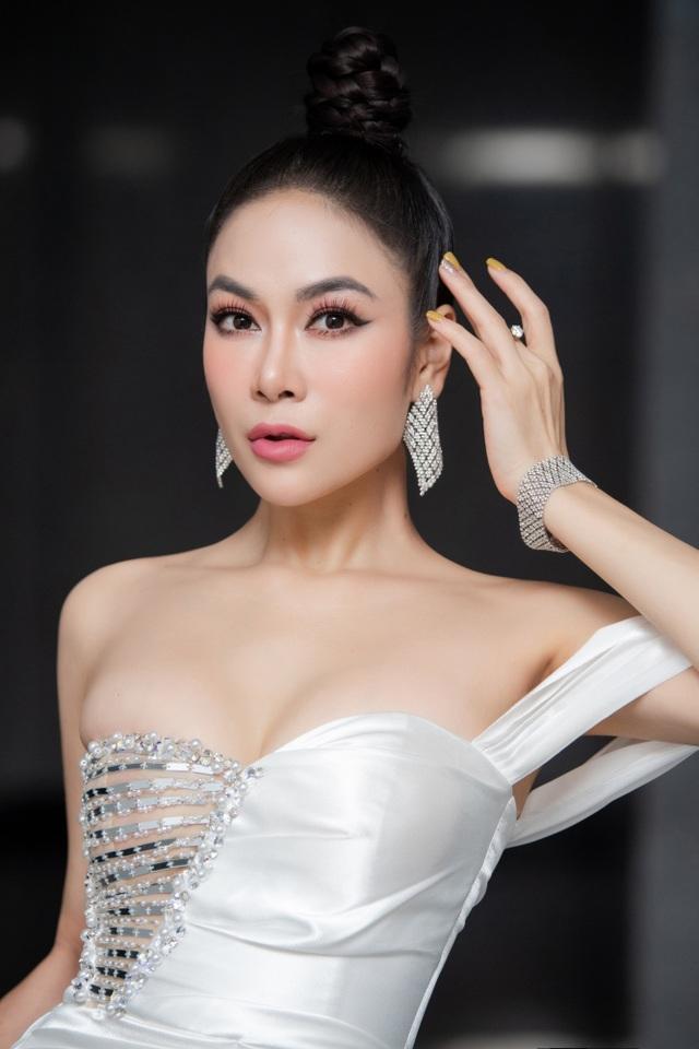 Hoa hậu Áo dài Tuyết Nga tiết lộ bất ngờ về Xuân Bắc, Hồng Diễm - 11