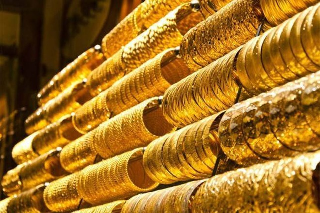 """Chỉ trong một tuần, dự trữ vàng và ngoại tệ của Nga tăng """"sốc"""" 1 tỷ USD - 1"""
