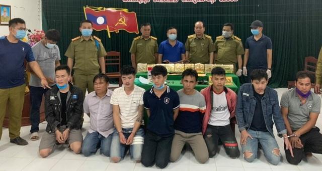 Bắt giữ 8 đối tượng người Lào mua bán, vận chuyển 10kg ma túy - 2