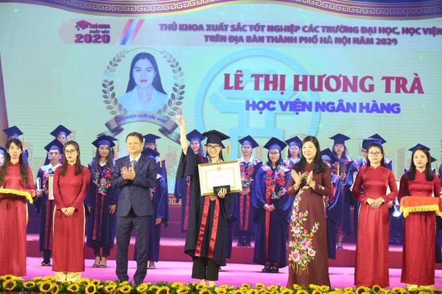 Hà Nội tuyên dương 88 thủ khoa xuất sắc tốt nghiệp đại học - 4
