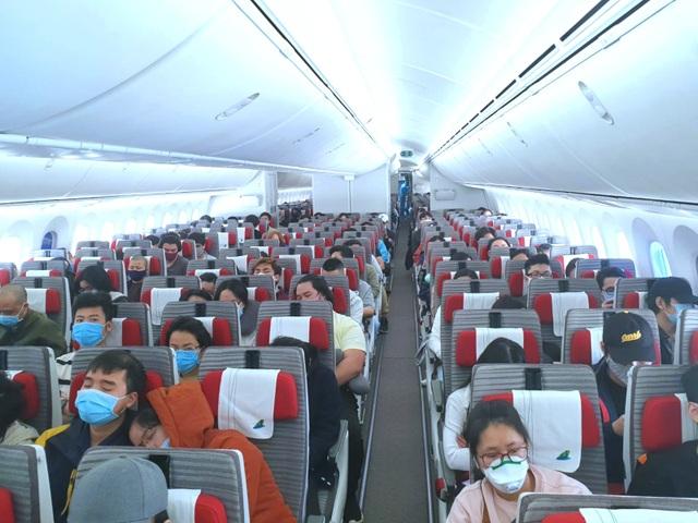 Thủ tướng trao quyền quyết định lịch bay quốc tế cho 2 Phó Thủ tướng - 2