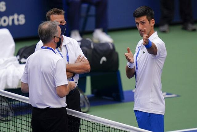 """Trọng tài giải đấu US Open: """"Không có lựa chọn khác dành cho Djokovic"""" - 2"""
