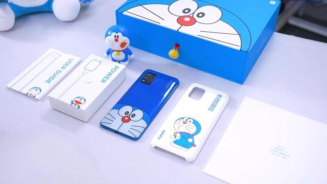 Cận cảnh chiếc smartphone phiên bản Doraemon đặc biệt tại Việt Nam - 4