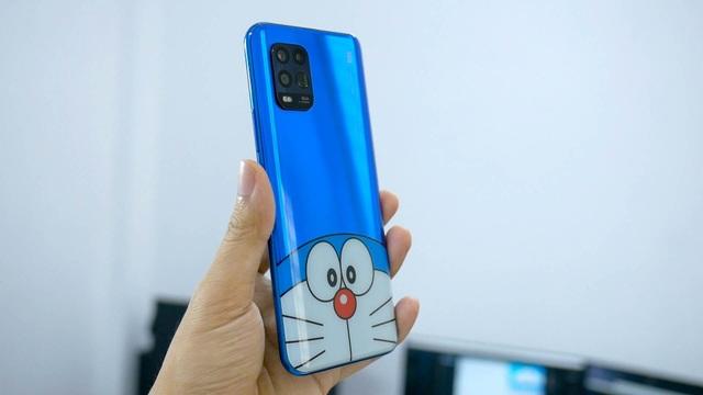Cận cảnh chiếc smartphone phiên bản Doraemon đặc biệt tại Việt Nam - 7