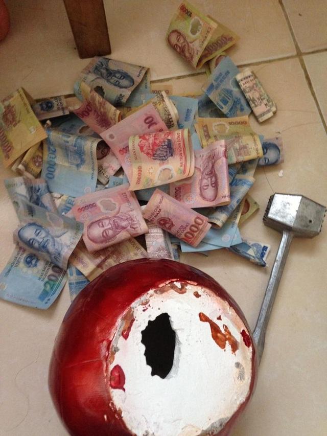 Chăm chỉ nuôi lợn đất, vợ chồng lương 15 triệu đồng vẫn mua nhà Hà Nội - 1