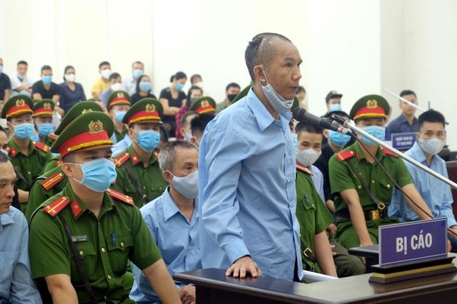 Xét xử vụ án ở Đồng Tâm: Bị cáo xin lỗi gia đình 3 chiến sĩ công an hy sinh - 4