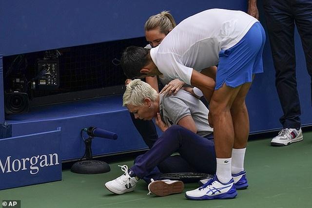 """Nc247info tổng hợp: Djokovic: """"Tôi sẽ về nhà và học hỏi từ sai lầm của mình"""""""