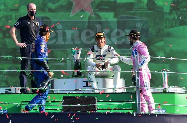 Biến căng ở Monza, F1 đã có một chặng đua đi vào lịch sử - 21