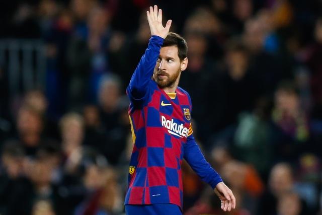 Sếp lớn Paris Saint Germain thừa nhận muốn chiêu mộ Messi - 1