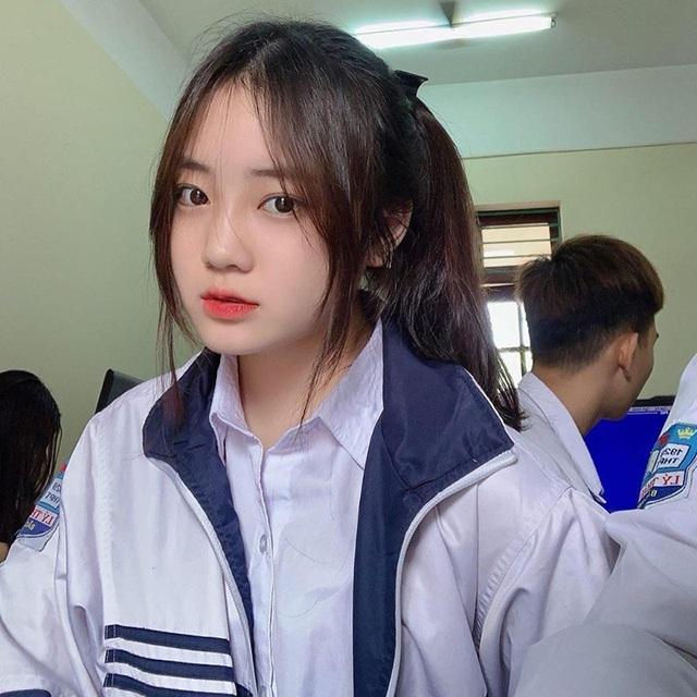 """""""Thiên thần đồng phục"""" Bắc Ninh xinh đẹp như nàng thơ - 1"""