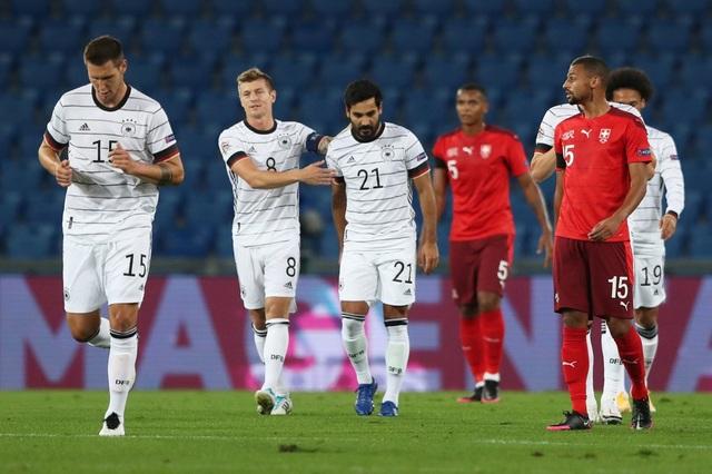 Đức gây thất vọng lớn khi bị Thụy Sỹ cầm hòa - 2