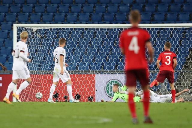 Đức gây thất vọng lớn khi bị Thụy Sỹ cầm hòa - 6