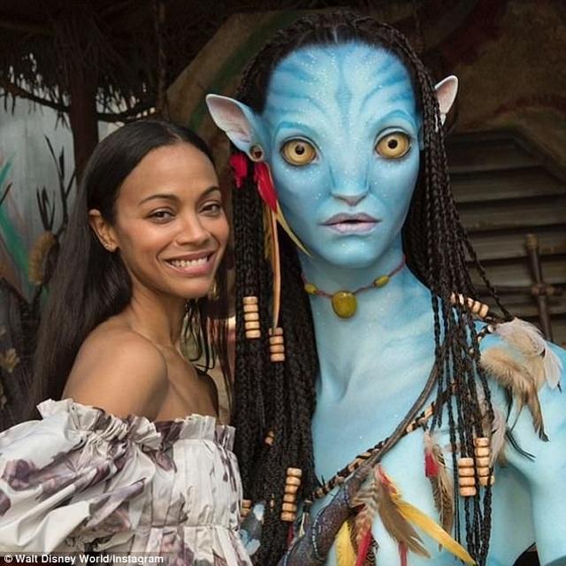 Hình ảnh mặc áo tắm hiếm hoi của sao phim Avatar - 8