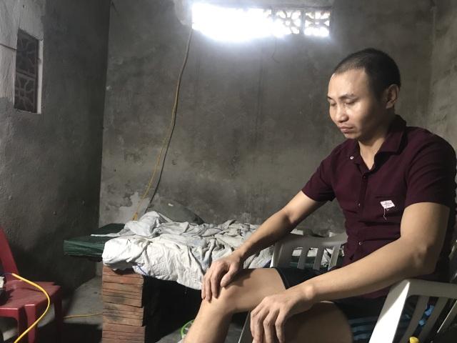 Thương chàng trai trẻ hàng ngày gắn mình trên xe lăn ở góc khuất thành Vinh - 5