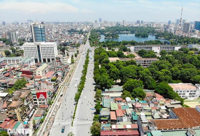 """Đoạn đường dài 1km """"cõng"""" đến 7 trường đại học, cao đẳng ở Hà Nội - 9"""