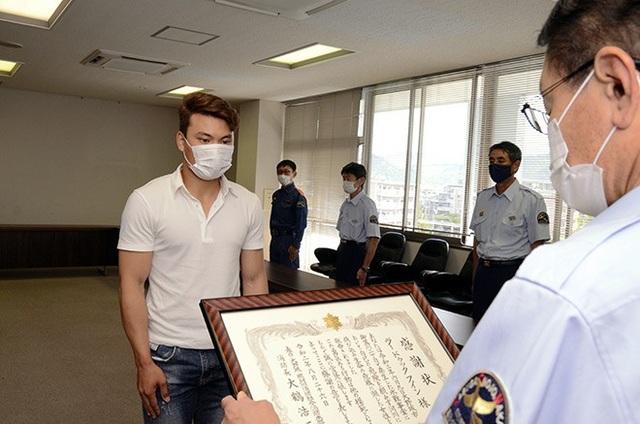 Thực tập sinh Việt được Nhật Bản khen tặng vì cứu người ngã sông - 1