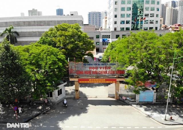 """Đoạn đường dài 1km """"cõng"""" đến 7 trường đại học, cao đẳng ở Hà Nội - 7"""