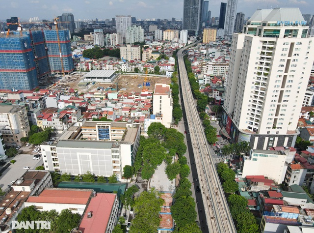 """Đoạn đường dài 1km """"cõng"""" đến 7 trường đại học, cao đẳng ở Hà Nội - 2"""