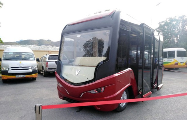Hà Nội nghiên cứu mở 10 tuyến xe buýt điện - 1
