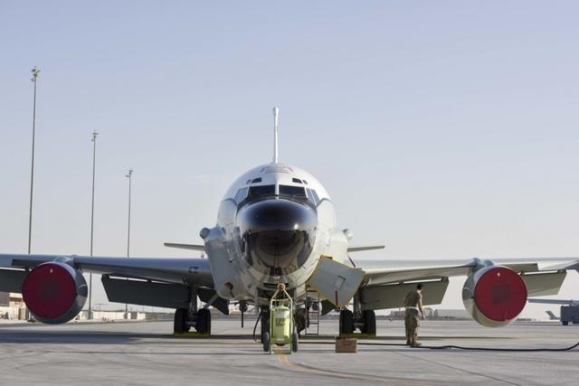 """Trinh sát cơ Mỹ có thể đã """"giả dạng"""" máy bay Malaysia tuần tra Biển Đông - 1"""