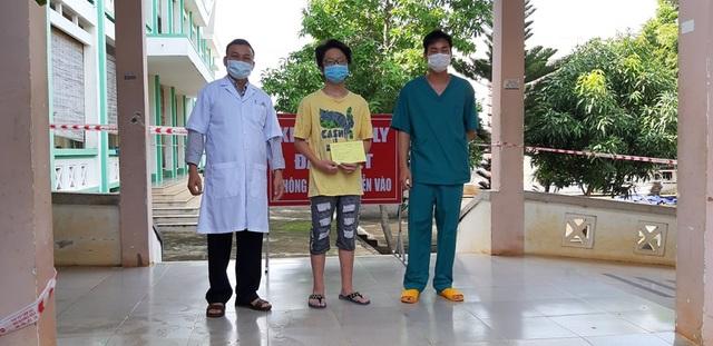 BN 14 tuổi được xuất viện, gia đình xin đưa vào khu cách ly tập trung - 1