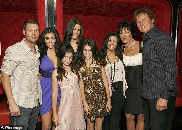 Kim Kardashian gây sốc khi tuyên bố cả nhà dừng quay show truyền hình - 4