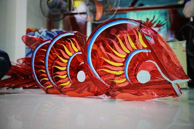 Làng nghề lồng đèn lớn nhất Sài Gòn đìu hiu vì dịch Covid-19 - 2