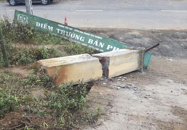 Công an Lào Cai thông tin vụ cổng trường sập đè chết 3 học sinh - 2