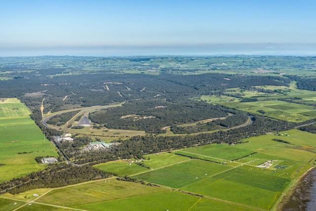 Vinfast mua trung tâm thử nghiệm xe của GM tại Australia - 1
