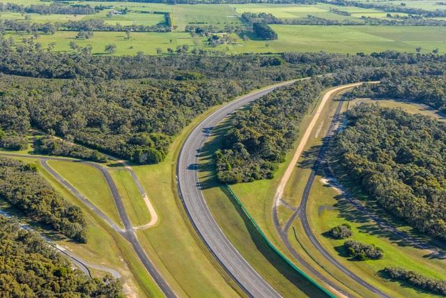 Vinfast mua trung tâm thử nghiệm xe của GM tại Australia - 5