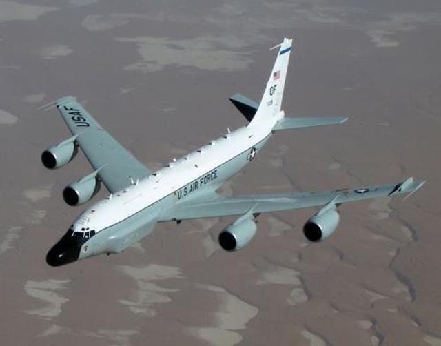 Tàu chiến, máy bay Mỹ theo sát Trung Quốc diễn tập trên biển - 1