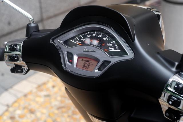Vespa Sprint S 150 giá 89,9 triệu đồng - đối thủ của Honda SH - 9