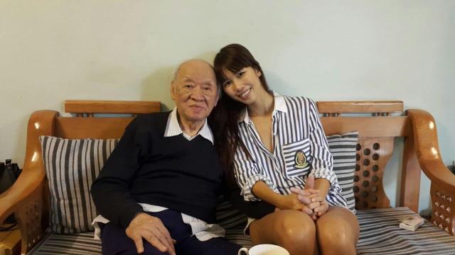 Siêu mẫu Hà Anh: Ông là tình yêu, là ngọn lửa gắn kết gia đình chúng tôi - 2