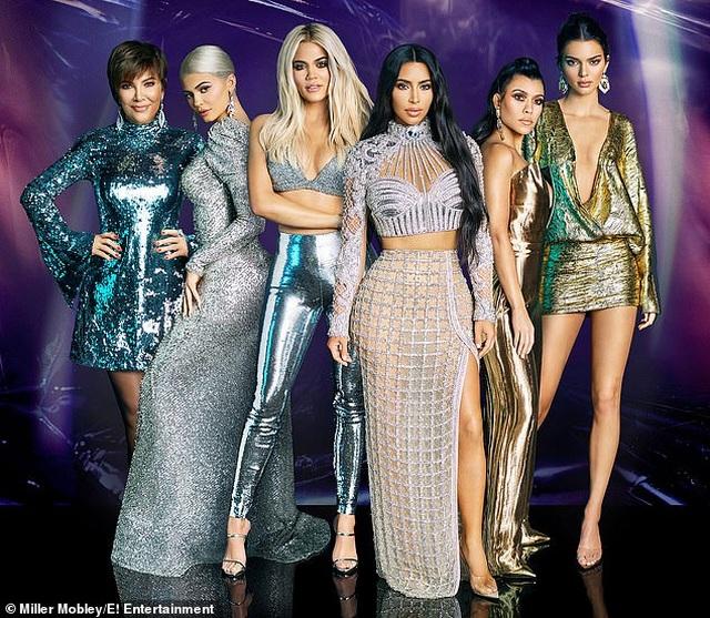 """Lý giải sức hút của show thực tế """"Keeping Up With the Kardashians"""" - 1"""