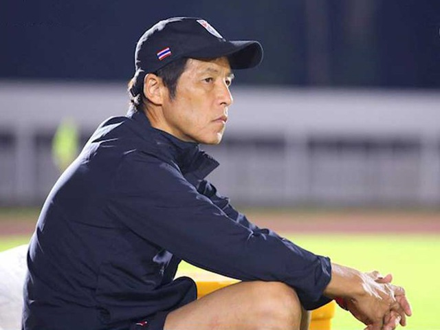 HLV Thái Lan tự tin có thể hạ tuyển Việt Nam nhờ 4 cầu thủ - 1