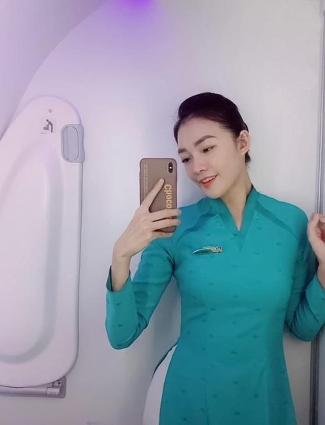 3 bông hồng tiếp viên hàng không Việt xinh đẹp, nóng bỏng như người mẫu - 1