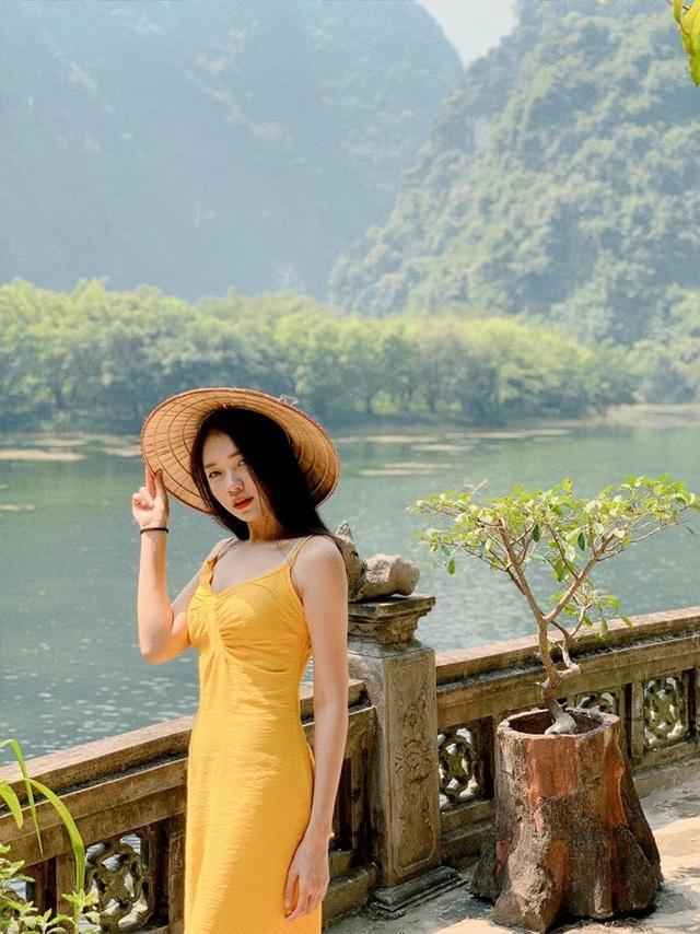 3 bông hồng tiếp viên hàng không Việt xinh đẹp, nóng bỏng như người mẫu - 5
