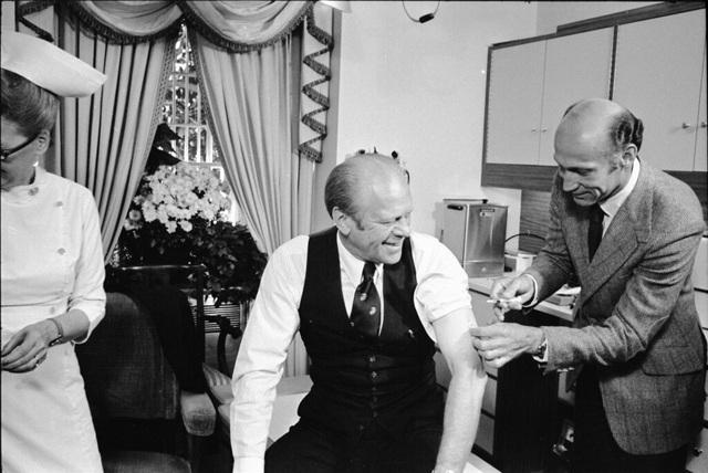 """""""Canh bạc"""" vắc xin cúm lợn: Bài học đắt đỏ của cựu Tổng thống Gerald Ford - 2"""