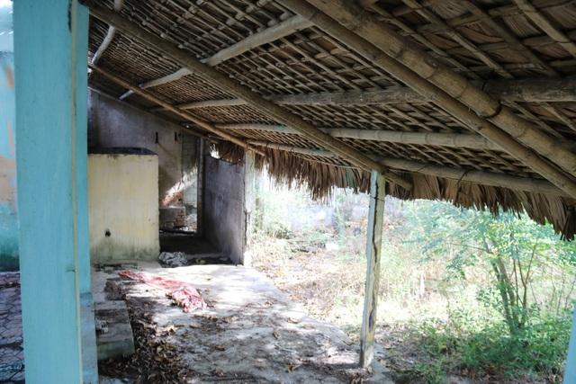 Khu du lịch biển Xuân Thành hoang tàn sau nhiều năm vắng bóng du khách - 10