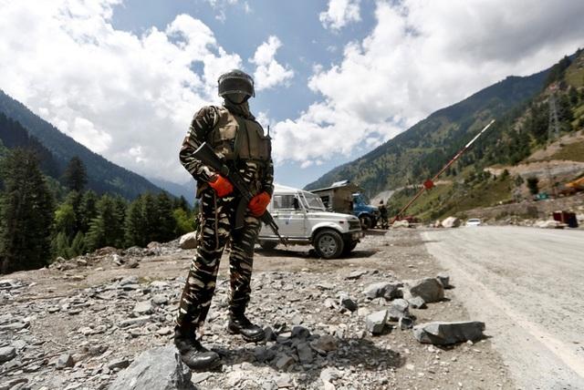 Ấn Độ tố lính Trung Quốc phóng xuồng cao tốc xâm nhập lãnh thổ - 1