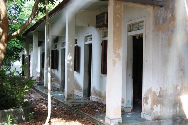 Khu du lịch biển Xuân Thành hoang tàn sau nhiều năm vắng bóng du khách - 4