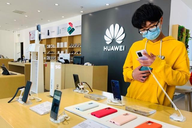 """Huawei đã sẵn sàng cho """"tương lai ảm đạm"""" trên thị trường smartphone - 1"""
