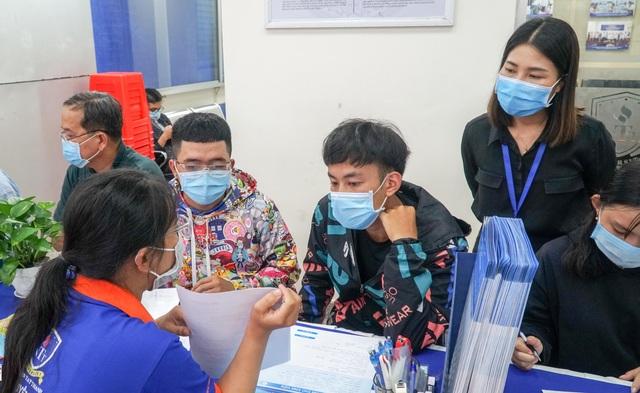 Điểm sàn của trường ĐH Mở TPHCM, ĐH Giao thông Vận tải, ĐH Nguyễn Tất Thành - 1