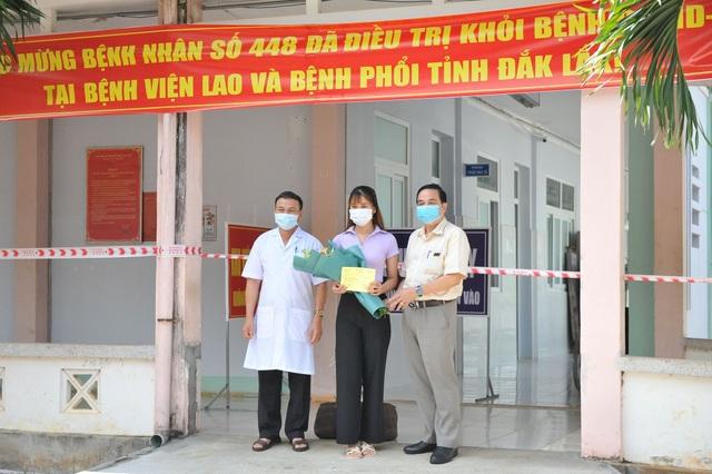 Đắk Lắk: Nữ sinh mắc Covid-19 được xuất viện nhưng xin cách ly thêm - 1